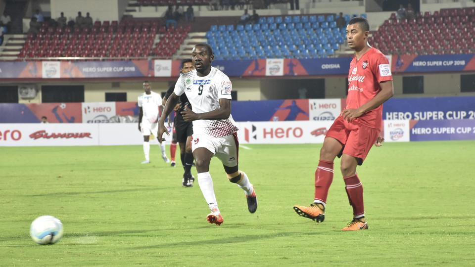 Mohun Bagan defeated Churchill Brothers 2-1 to reach the Super Cup quarterfinals on Sunday.