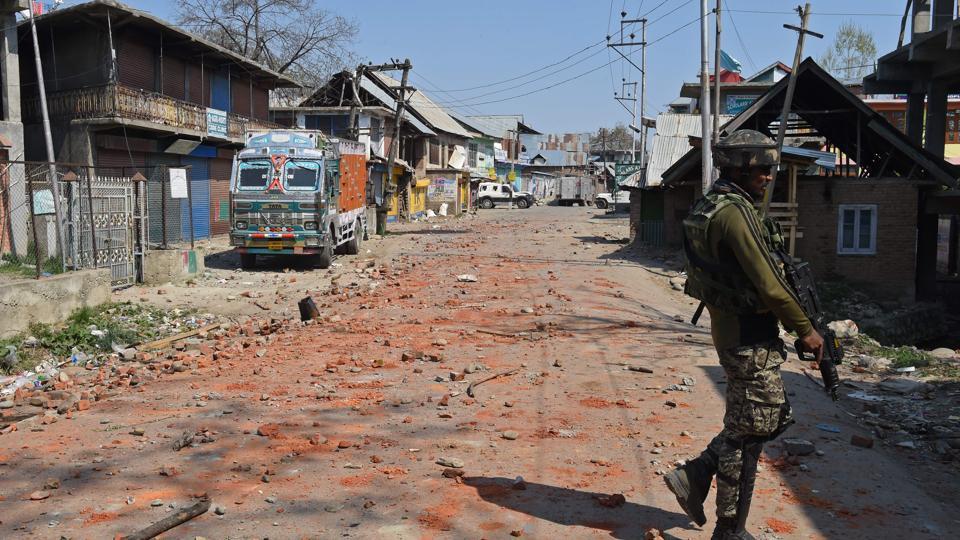 Kashmir,Indian Army,Kashmir encounters