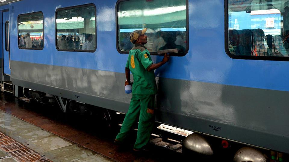 Passengers,cleanliness on trains,Indian Railways