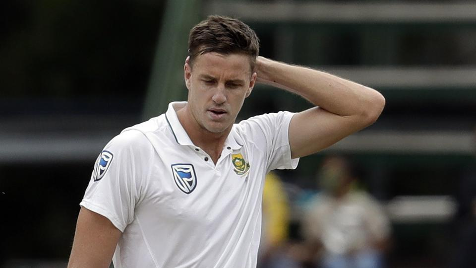 South Africa's Morne Morkel hurt in swan-song test