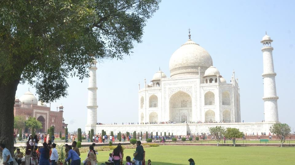 The restriction would discourage online booking as tourists would be allocated three hour time slot in advance and would be required to reach the Taj in time.