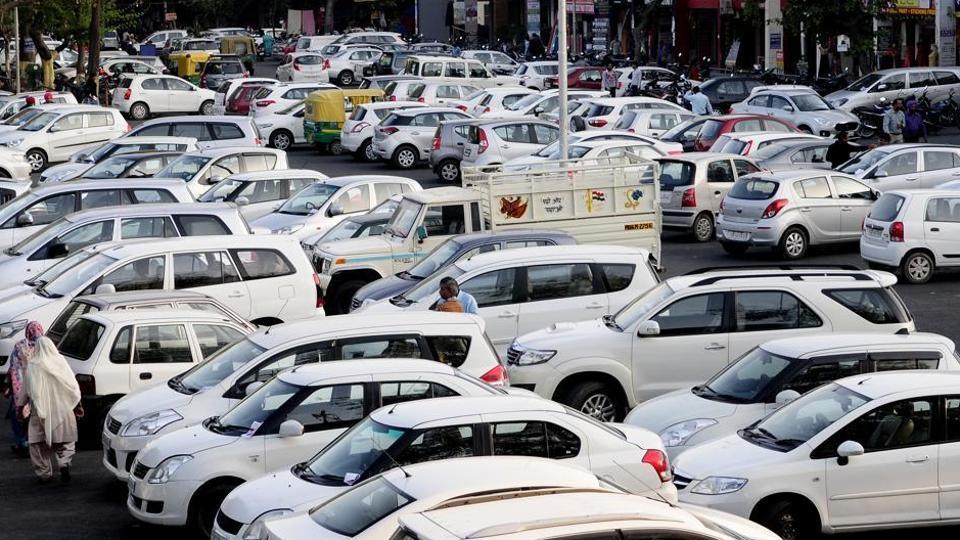 Parking fee hike,fee hike kicks,Chandigarh mayor