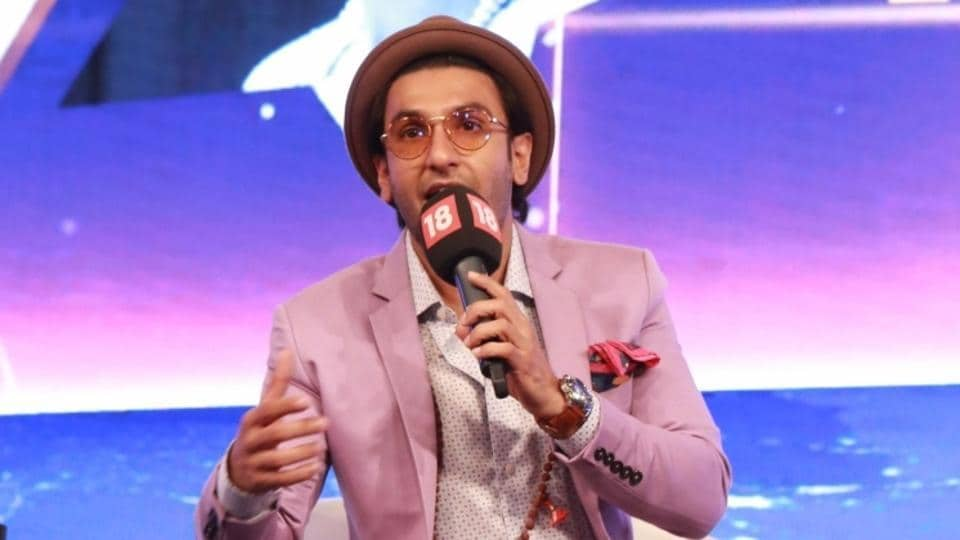 Ranveer Singh has hurt himself and has been advised against performing at the IPL.