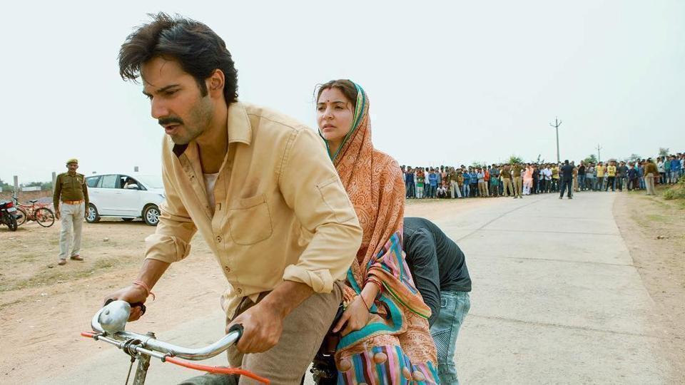 Anushka Sharma and Varun Dhawan are currently in Delhi to shoot for Sui Dhaaga.