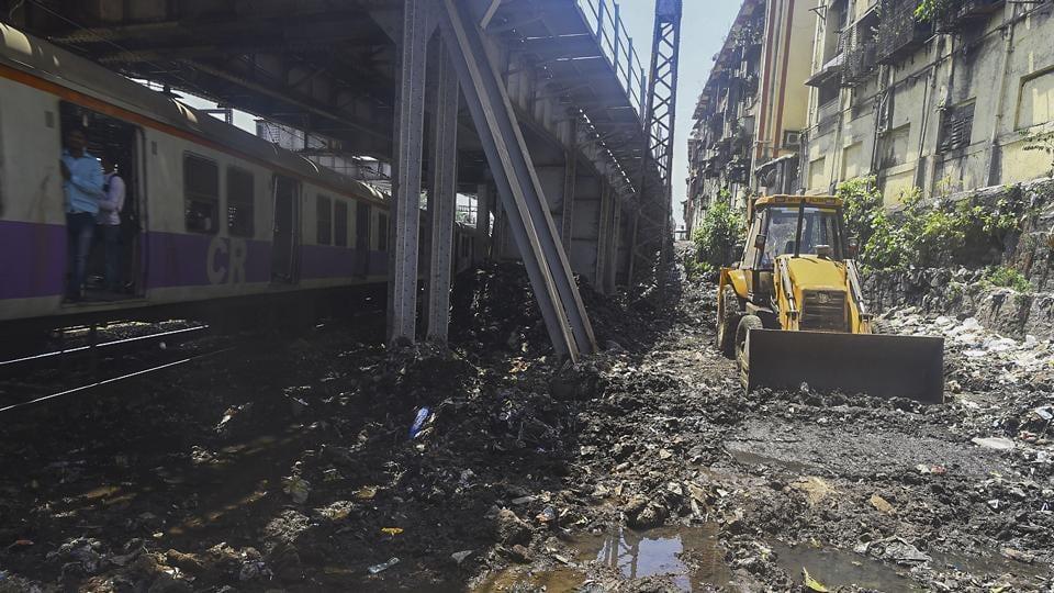 Mumbai,railway,tracks