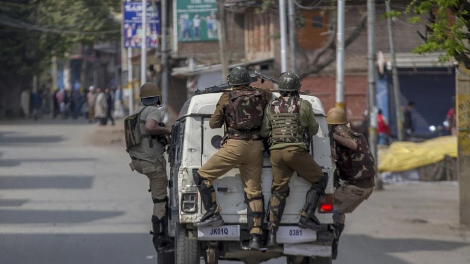 Kashmir,Encounters,Shutdown