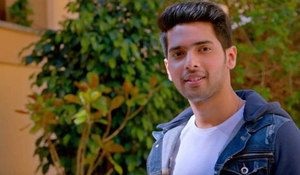 single-still-from-armaan-malik-ghar-nika