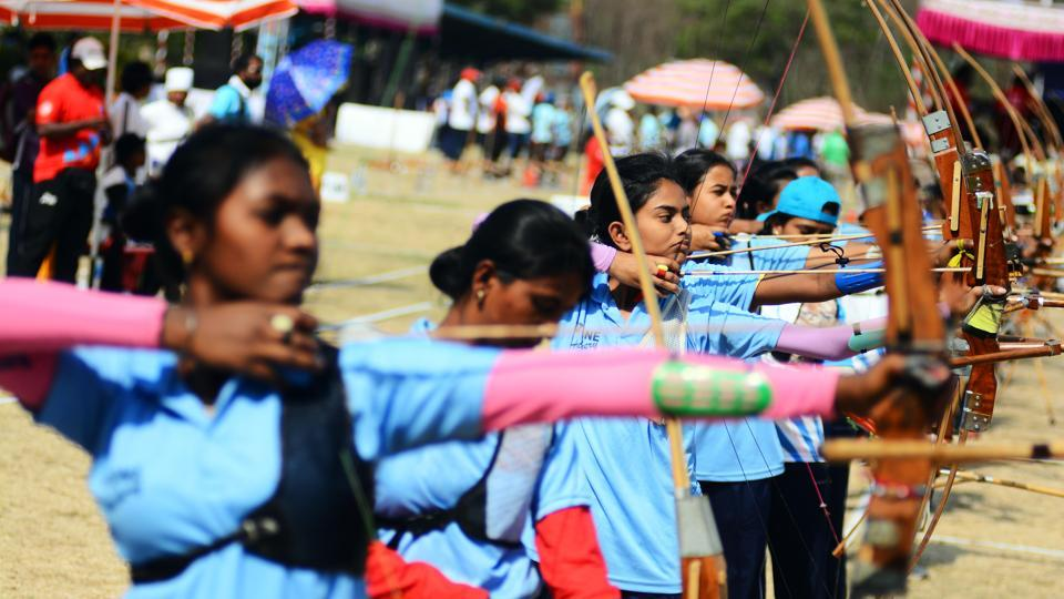 Participants from various states in action during the Archery Championship 2018 on Thursday. (Shankar Narayan/HT PHOTO)