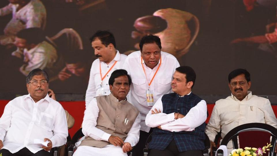 Chief minister Devedra Fadnavis (third from left, seated) shares the stage with other BJP leaders. (Satish Bate/ht photo)