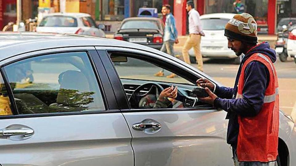 HT Explainer,parking row,Parking in Chandigarh