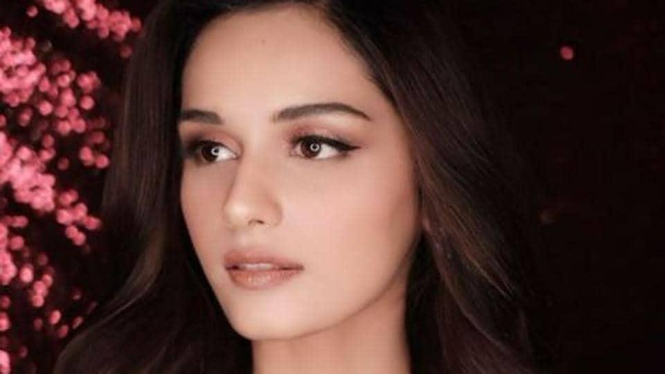 Manushi Chillar to co-endorse a brand with Kareena Kapoor Khan