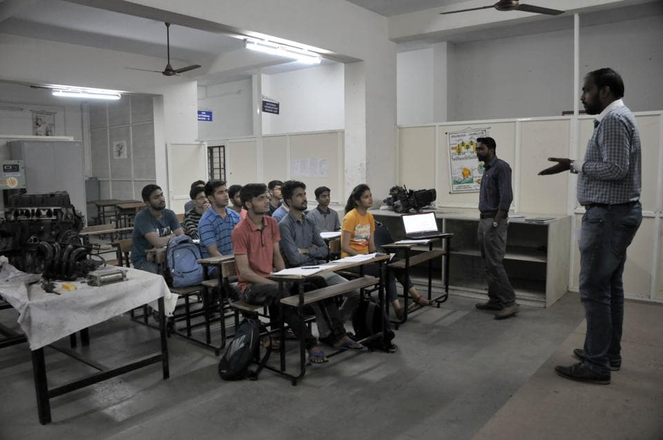 Guided by teachers, students are required to spend time at industries and organisations related to their courses and interact with the employees of specific field.