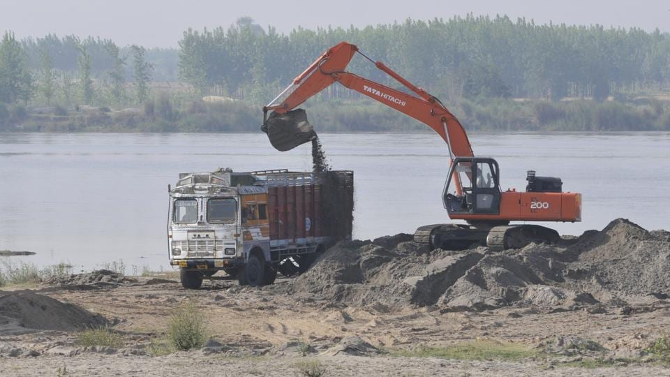 Three of six contractors booked are yet to join probe.