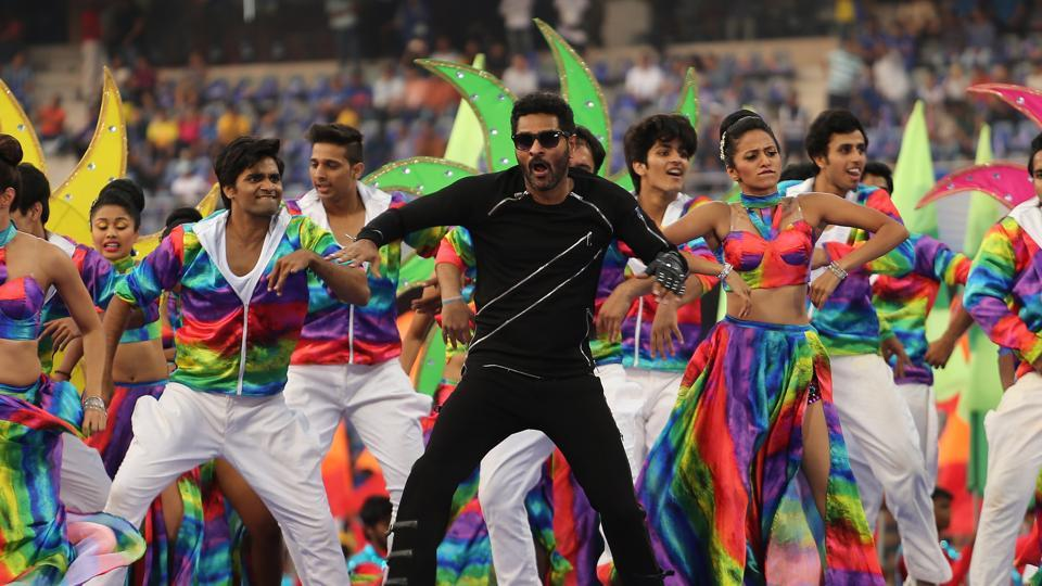 Prabhu Deva entertained the crowd with his amazing dance moves.  (BCCI )