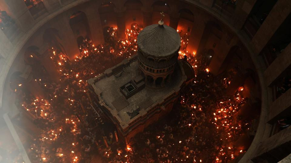 In Pics Thousands Light Holy Fire Candles In Jerusalem