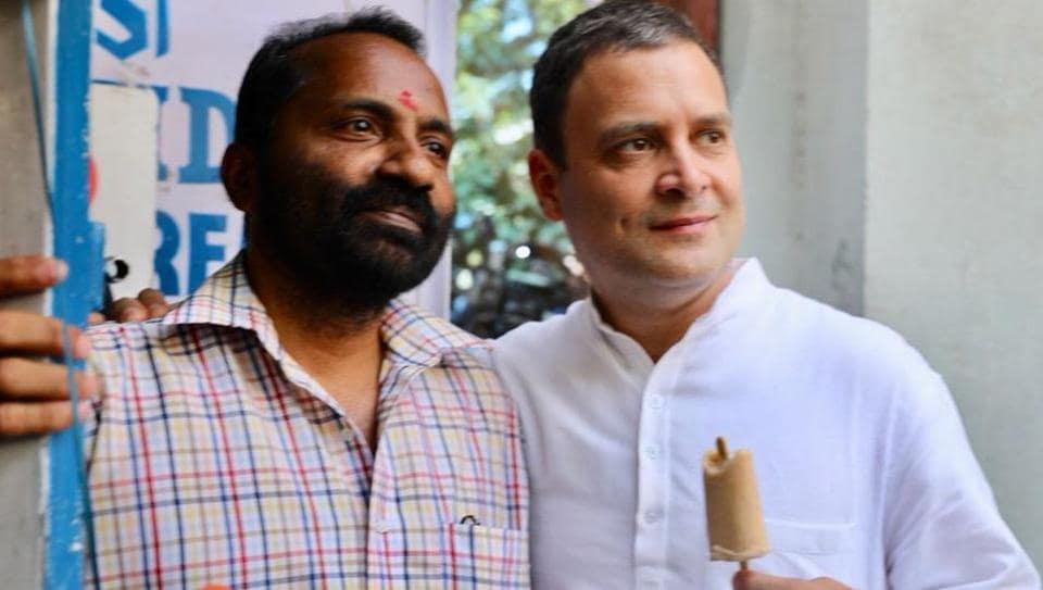 Rahul Gandhi stopped for Kulfi in Bengaluru.