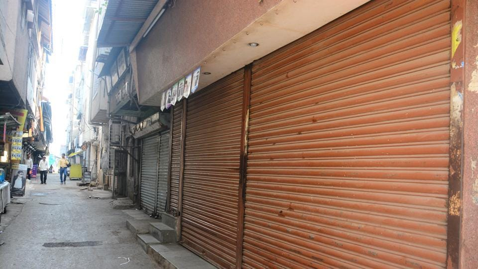 Shops in Ahmednagar's main markets remained closed on Sunday following  a bandh called by the Shiv Sena.
