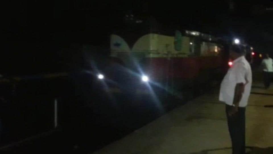 Ahmedabad-Puri Express,Railways,Indian Railways