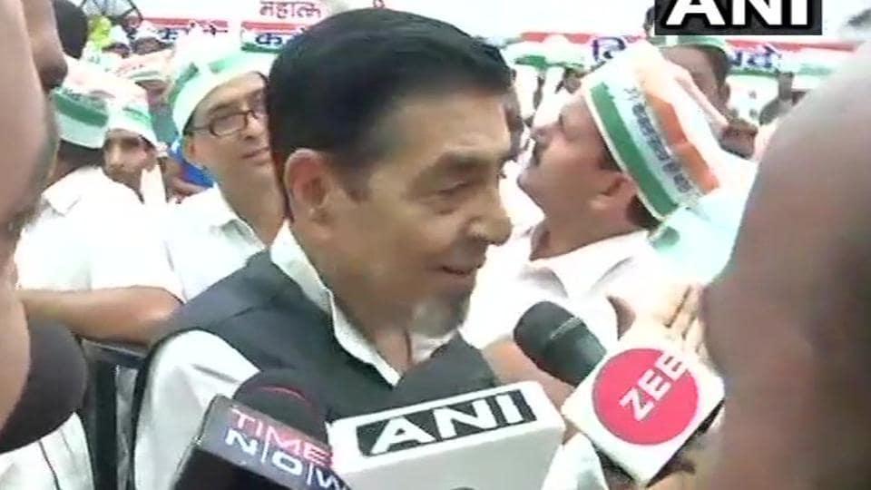 Jagdish Tytler,Sajjan Kumar,Congress protest