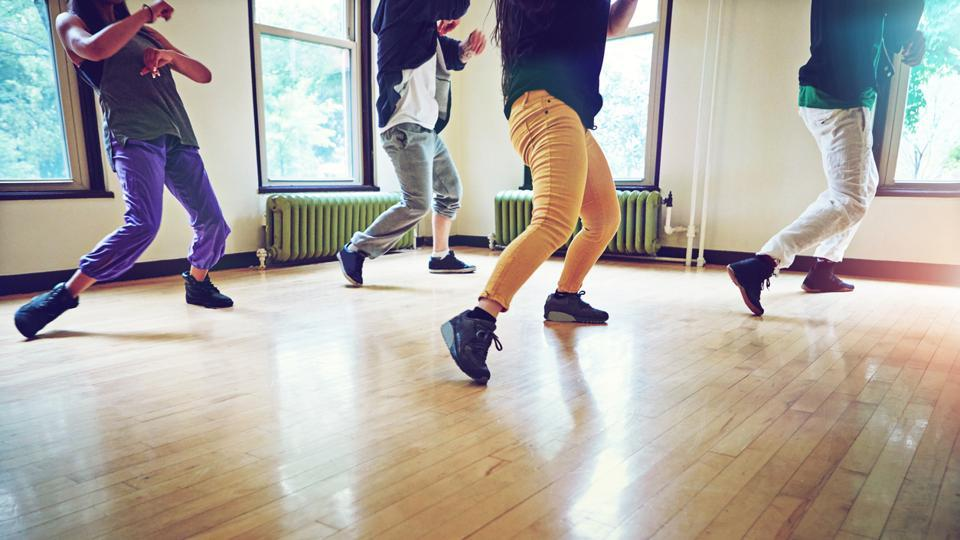 The physical benefits of movement and dance on ageing bodies is well documented and this study re-enforces these findings.