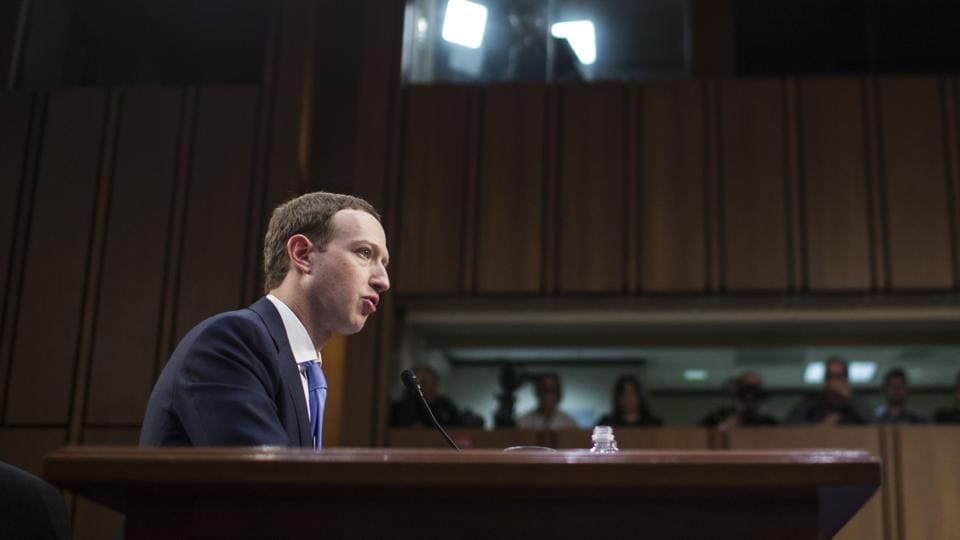 Zuckerberg Says Facebook Is Cooperating With Mueller's Russia Probe