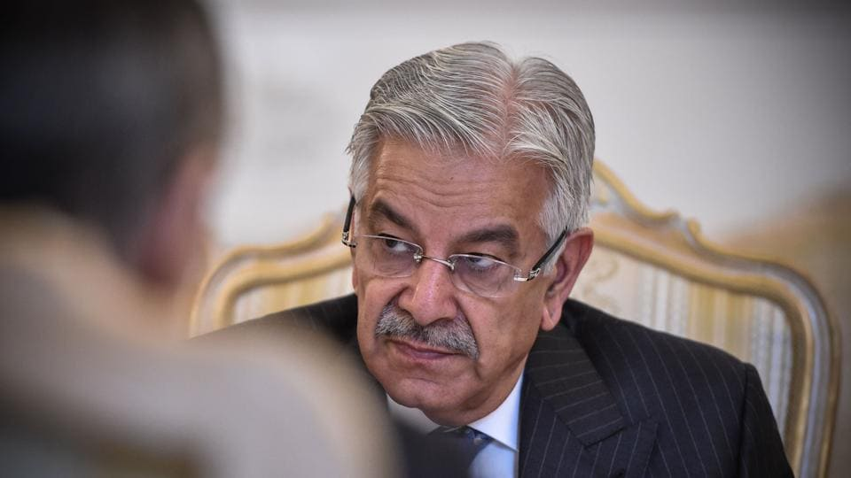 "Foreign Minister Khawaja Muhammad Asif said Pakistan is ""strongly highlighting"" the Kashmir issue at international fora including the UN."