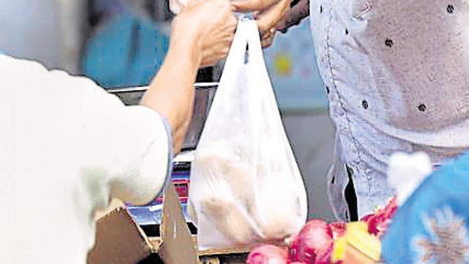 Bombay HC refuses to stay plastic ban in Maharashtra