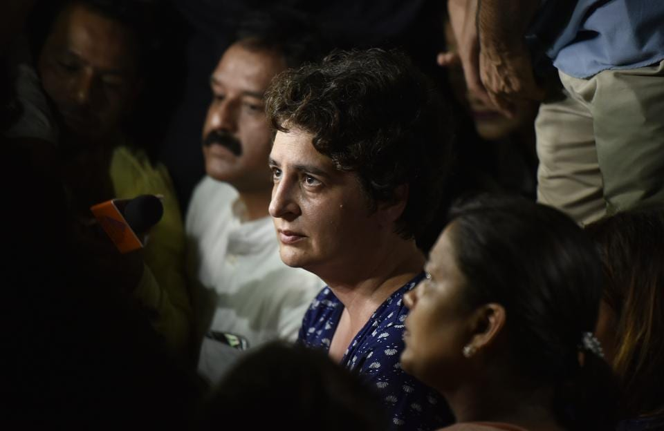 Priyanka Gandhi, joined her brother and Congress president Rahul Gandhi to protest Unnao and Kathura rapes at India Gate. She was heard telling the crowd to respect the cause for which they gathered at the India Gate. She also appealed to the crowd to keep calm and march silently. (Raj K Raj/HT PHOTO)