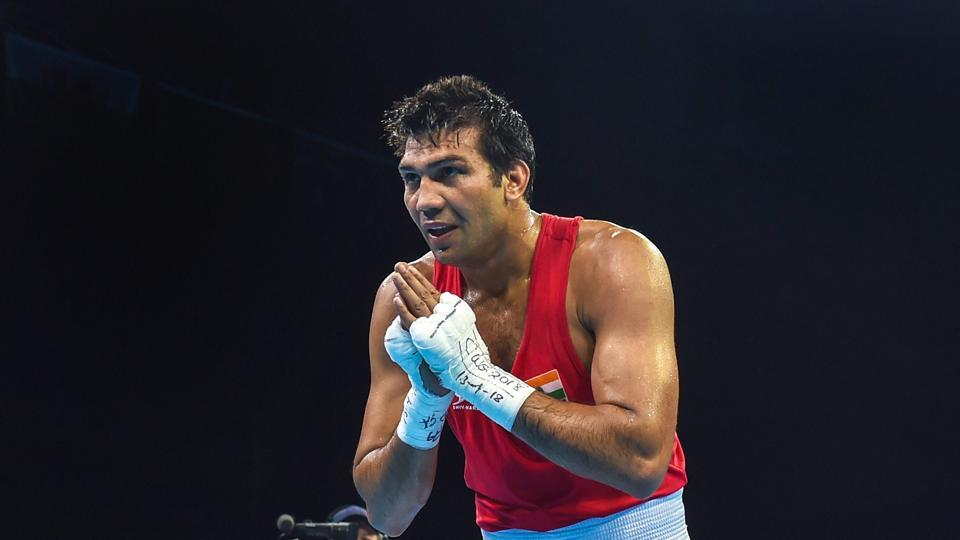 Indian boxer Manoj Kumar is now taking on England's Pat McCormack in the men's 69 kg semi-final but suffered a shocking loss to settle for bronze. (PTI)