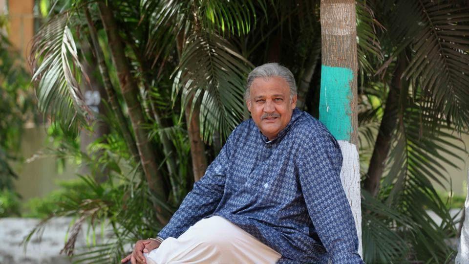 Actor Alok Nath played actor Sunny Singh's grandfather in the film Sonu Ke Titu Ki Sweety.