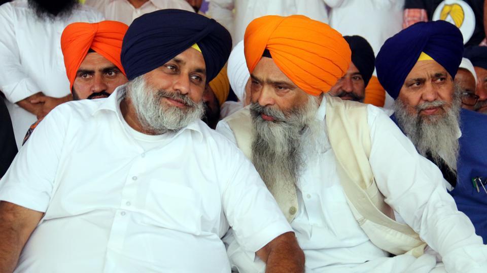 Congress govt,Punjab politics,Sukhbir Badal