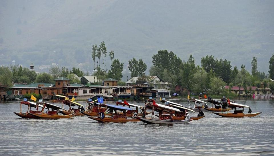Jammu and Kashmir,Jammu and Kashmir tourist season,Srinagar