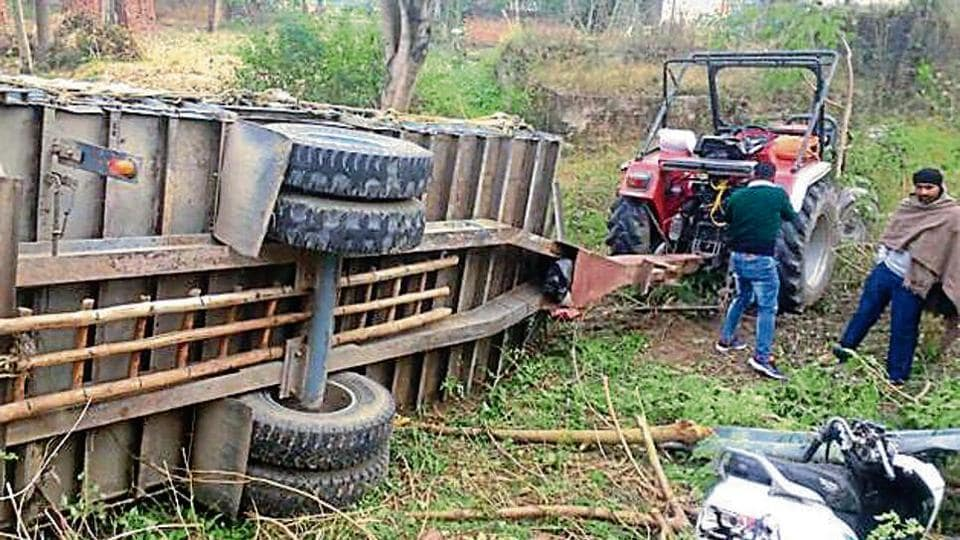 Accident,Tractor,Kutch