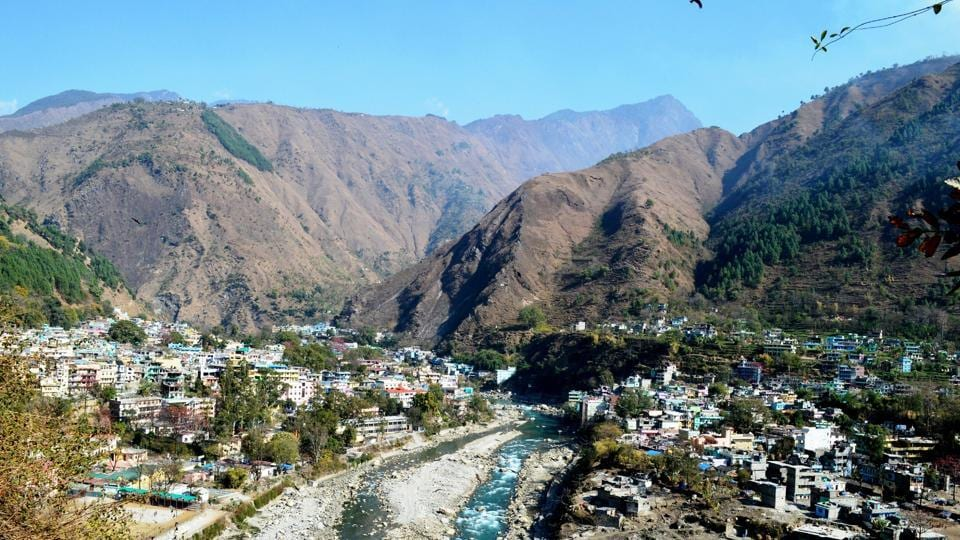 KMVN has decided to start homestay in Kuti village which lies en-route to Tibet. Tourists going to Adi Kailash Yatra can avail of the homestay facility.