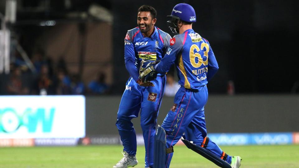 Shreyas Gopal's (L) 2/22 proved vital in Rajasthan Royals' 19-run win over Royal Challengers Bangalore in an IPL 2018 match at the M Chinnaswamy Stadium on Sunday.