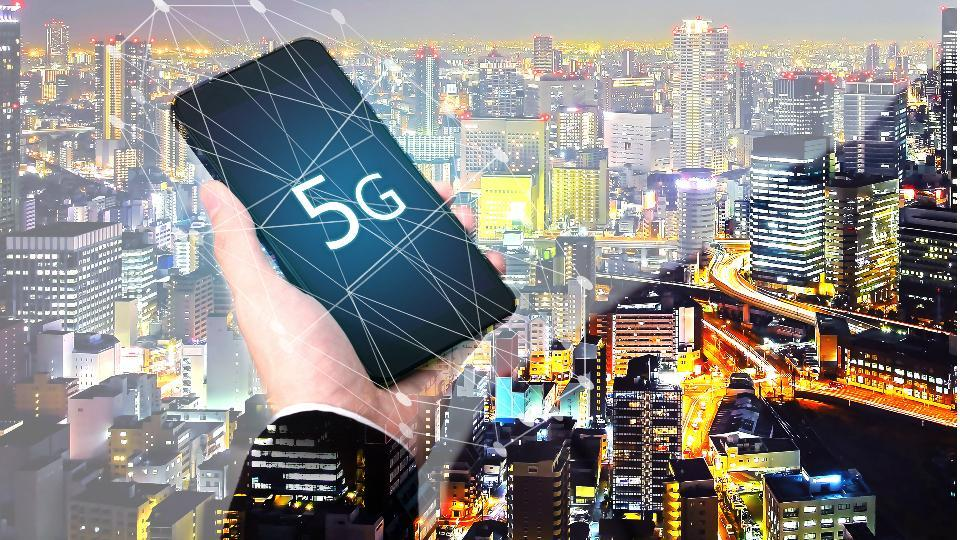 5G smartphone shipments are expected to grow a whopping 255% by 2021.