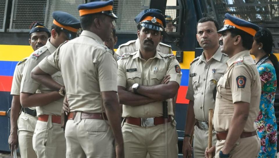 In Mumbai, searches were carried out at the residences of Left activists Sudhir Dhawale and Harshali Potdar.