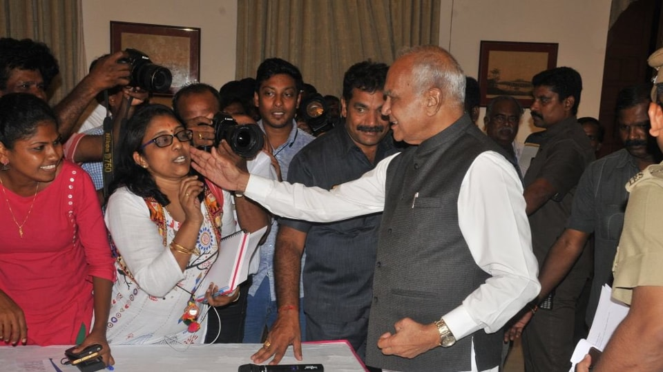 The action of Tamil Nadu governor Banwarilal Purohit patting the cheek of journalist Lakshmi Subramanian sparked outrage among other journalists who have demanded an apology from him.