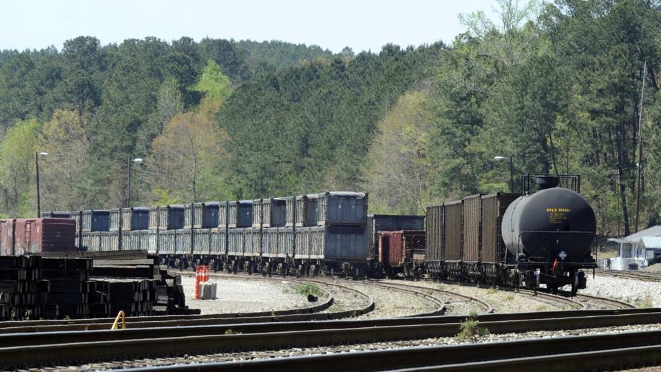 Poop train,Human waste,Dumping ground