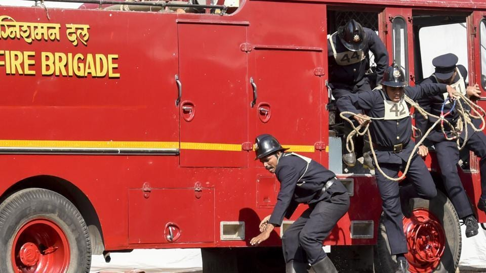 Approximately 25% of the fire brigade's total expense over three years was spent on technological advancement.