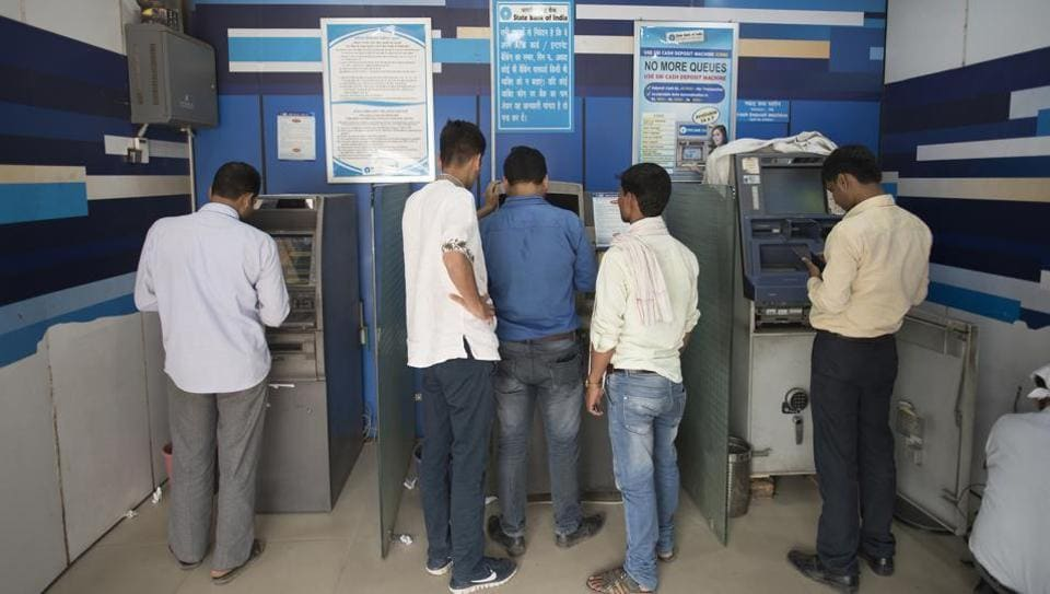 Cash Crunch,ATMs,State Bank of India