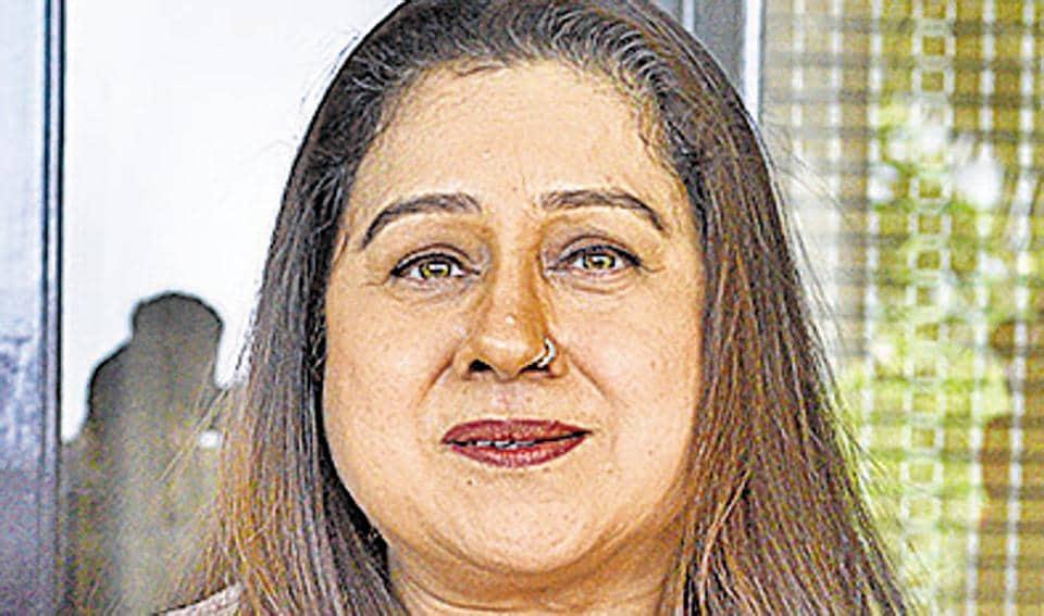 Punjabi actress,minority status for Sikhs,J&K