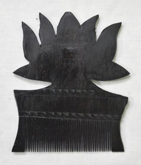Niranjan Mahawar,handmade comb,comb