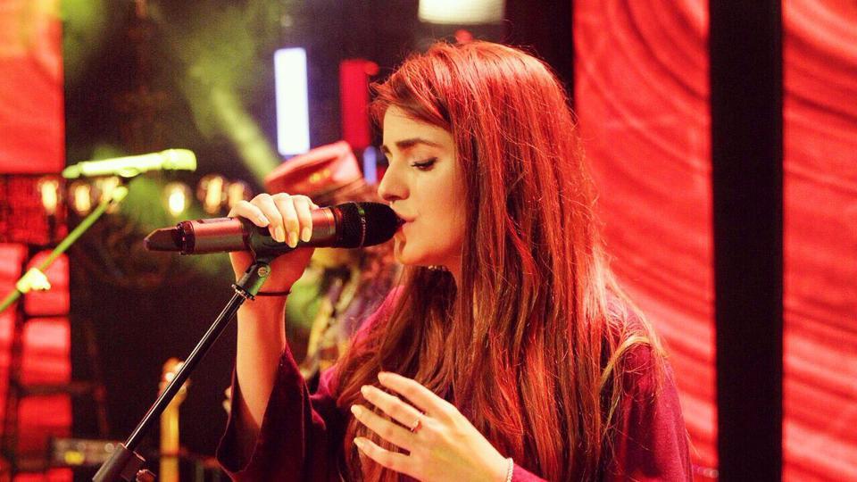 Momina Mustehsan,Afreen Afreen singer,Ali Zafar
