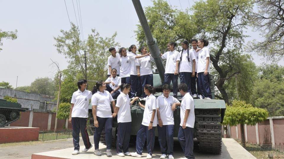 A joint effort was made by the UP government and the school administration to reach this decision and facilitate defence training for girl students. Their admission makes UP Sainik School the first of 28 Sainik Schools and 5 military schools to allow enrolment of girl cadets from the 2018-19 academic session.  (Deepak Gupta/HT Photo)