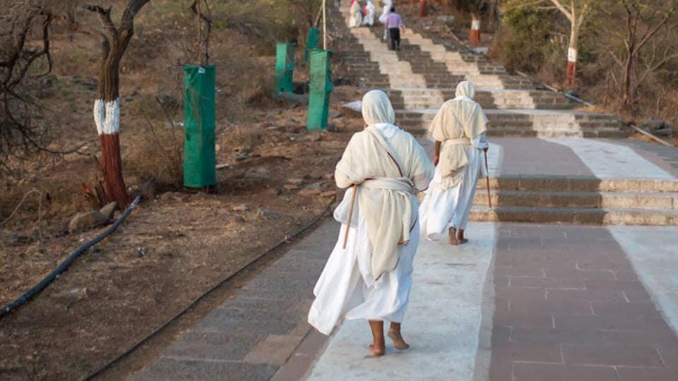 Mumbai based CA,Chartered accountant,Jain monk