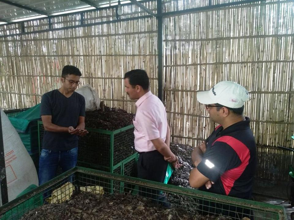 MCG commissioner Yashpal Yadav at a compost plant at Uniworld