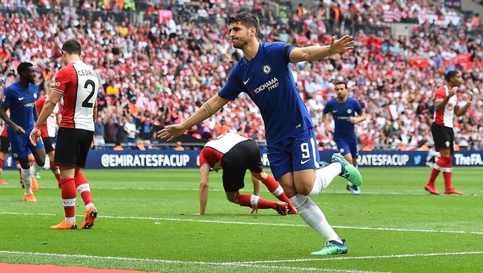 Image result for 2-0. Morata and Giroud cite Chelsea with United in the FA Cup final