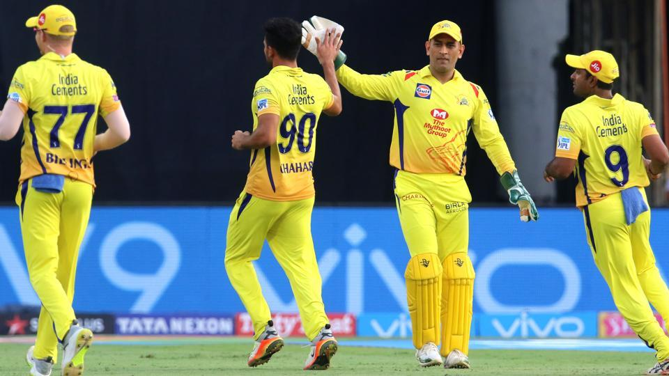 Get full cricket score of Sunrisers Hyderabad (SRH) vs (CSK) Chennai Super Kings, Indian Premier League (IPL) 2018 match at the Rajiv Gandhi International Stadium, Hyderabad here. CSK registered a thrilling 4-run win vs SRH.