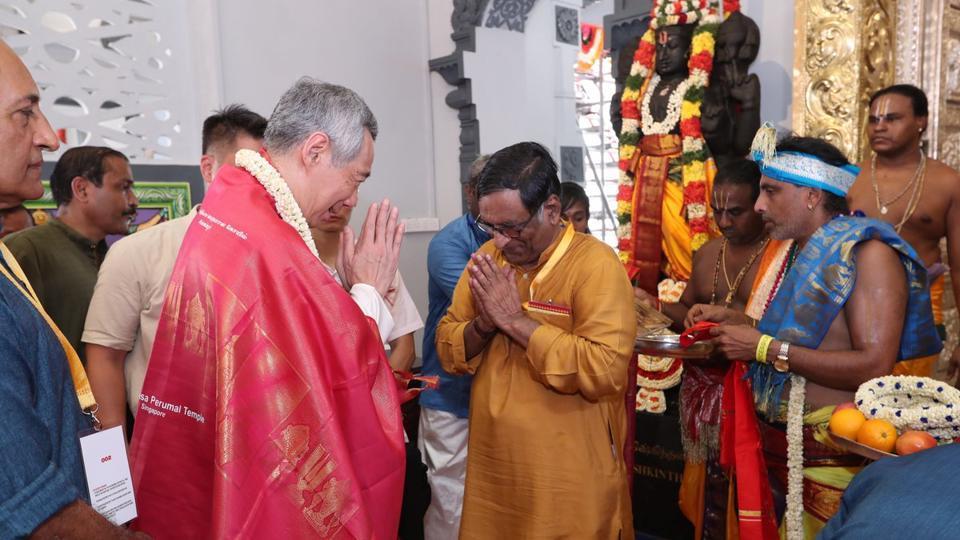 Singapore PM,Hindu temple,Reconsecration ceremony